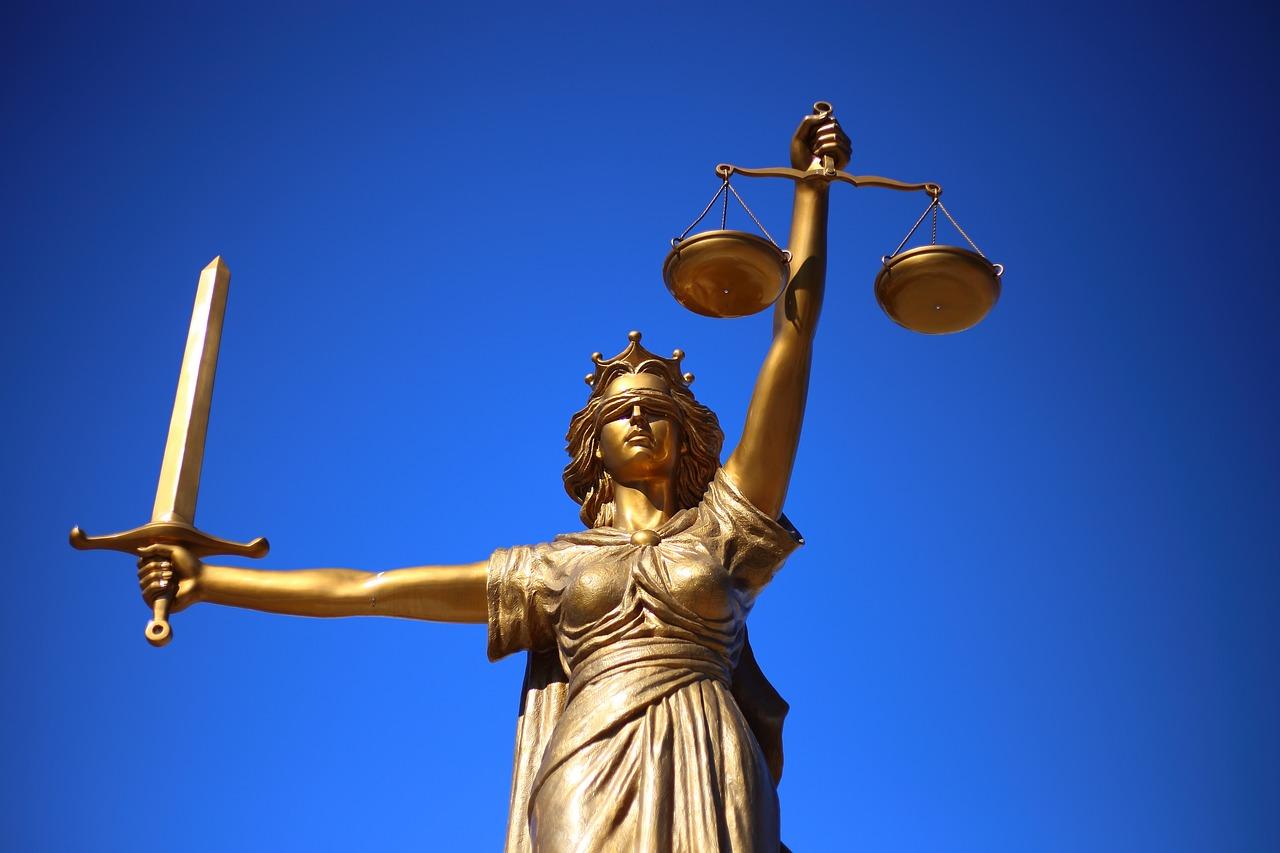 Quels sont les principaux avantages d'avoir un avocat ?