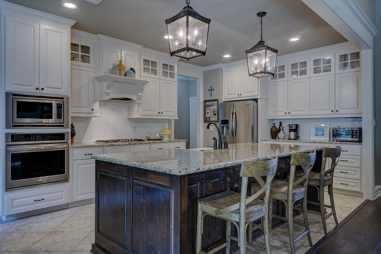 Comment utiliser les spots dans l'éclairage de la cuisine?
