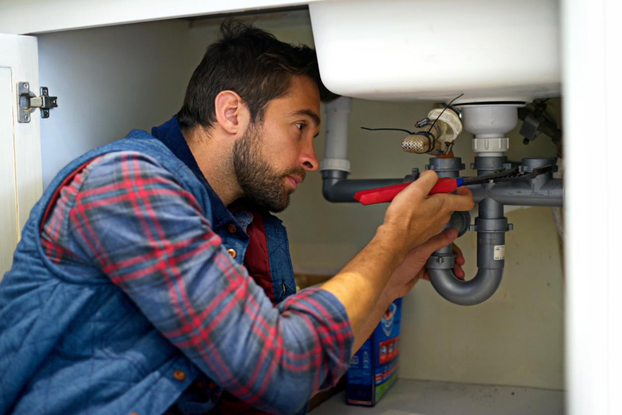 Les avantages d'embaucher un spécialiste et professionnel en plombier